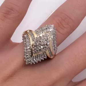 Jewelry - 2 carat 10k yellow gold diamond ring